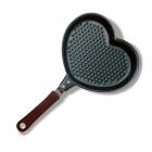 Heart-shaped frying pan - 16 cm