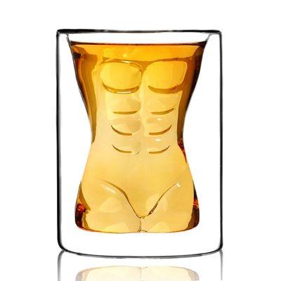 Kusząca szklanka - mężczyzna